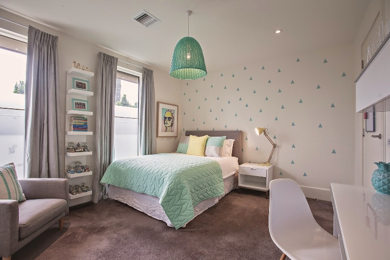 Josie's Bedroom Redesign | DiscoverDesign on Room Girl  id=81253
